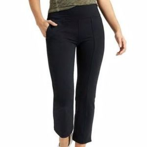 Athleta Metro Crop Kick Flare Pants size XS Black